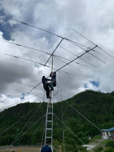 Securing antenna @ A5A