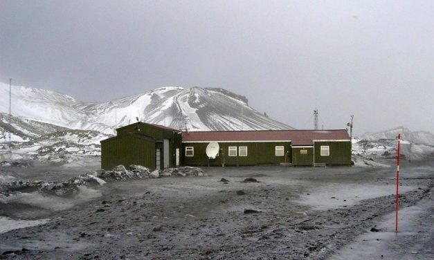 JX2US – Jan Mayen